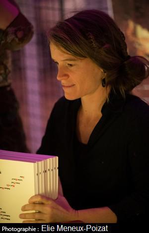 Laetitia Rouxel BD bande dessinée éditions l'oeuf Courage, Fuyons Un Quart Né L'Homme Semence Le Modèle